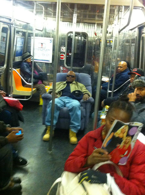 funny-sofa-subway-black-man-rest