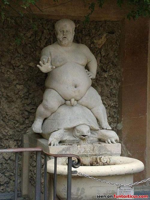wtf-statues-turtle-penis
