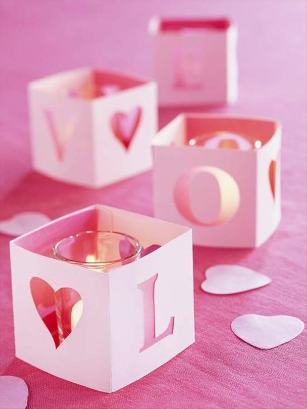 3-valentines-day-candles-boxes