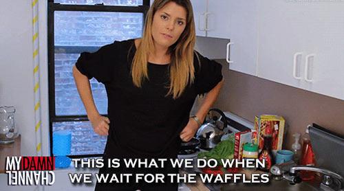 funny-girl-dancing-waffles-cooking