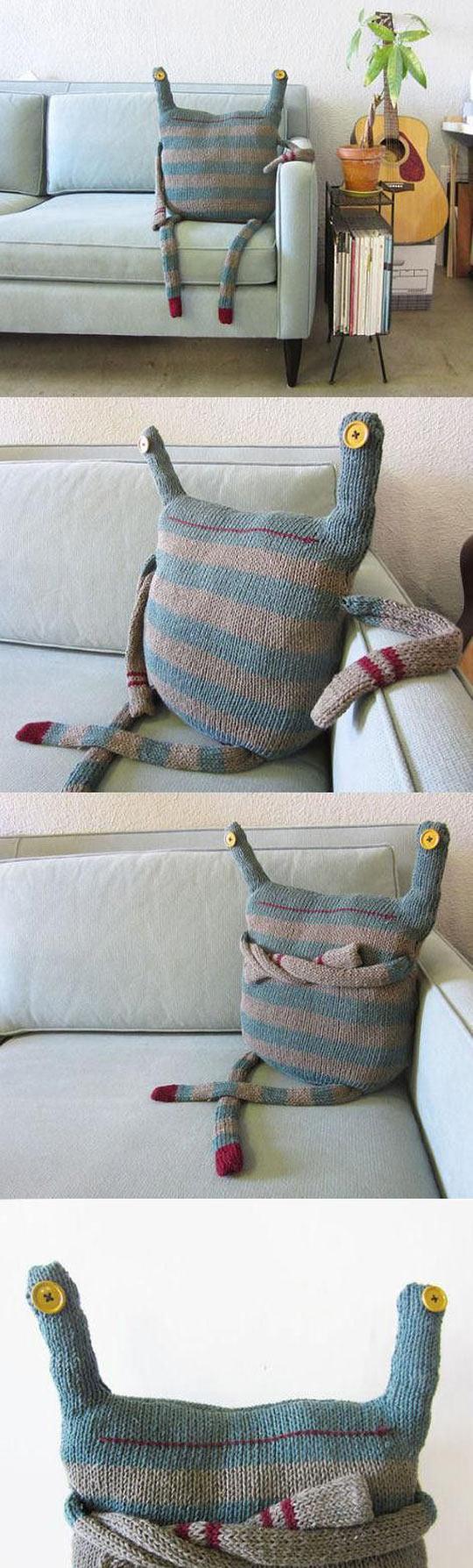 funny-monster-sofa-homemade-cool