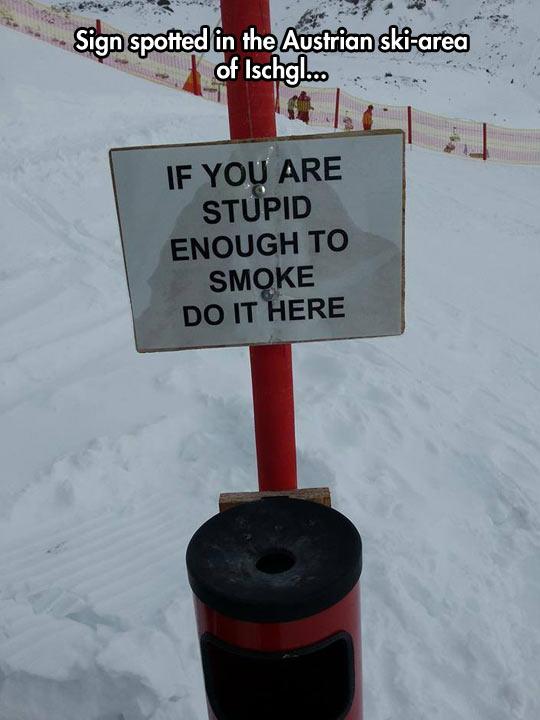 funny-no-smoking-sign-snow-ski