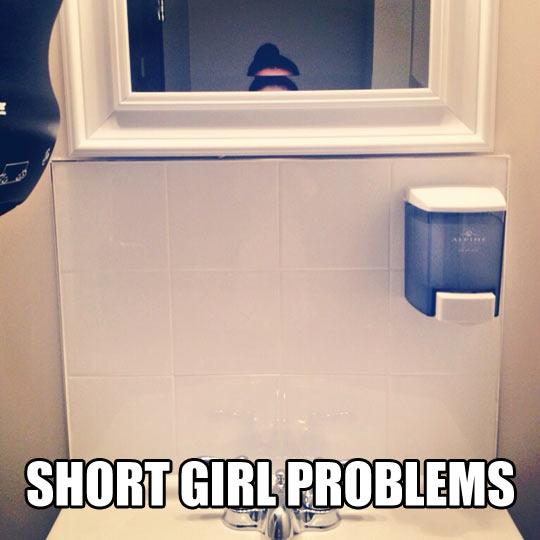Short girl selfie…