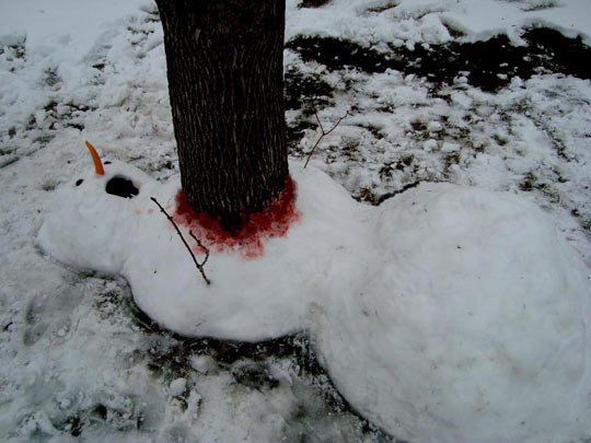 funny-snowman-winter-tree-red