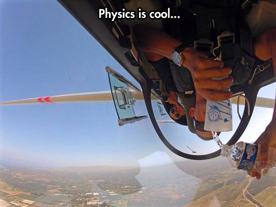 cool-airplane-stunt-upside-down-physics-water