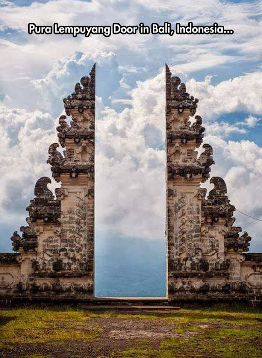 An awesome piece of architecture in Bali…