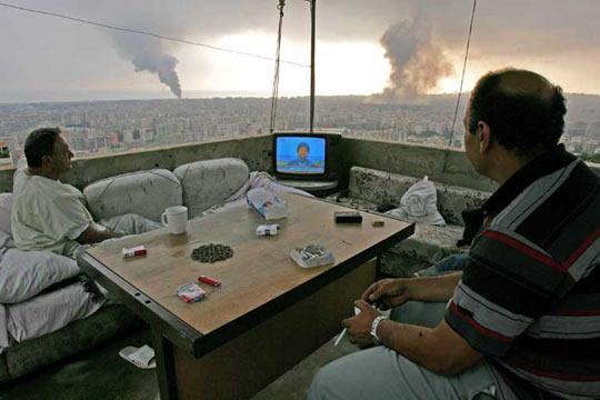 cool-news-TV-war-Lebanon-roof-smoke