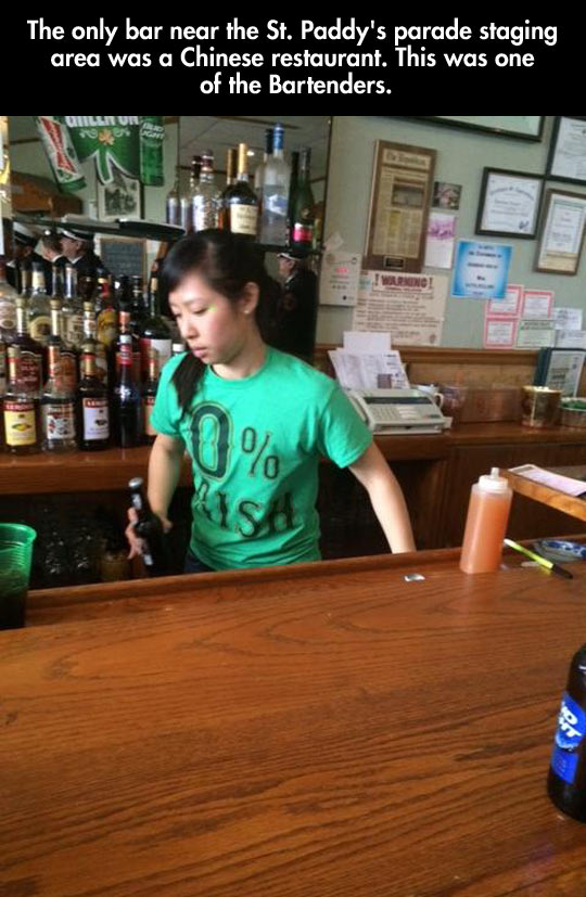 funny-Chinese-restaurant-serving-beer