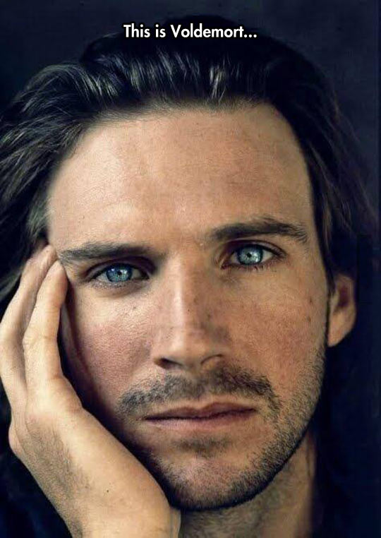funny-Ralph-Fiennes-Voldemort-handsome-eyes
