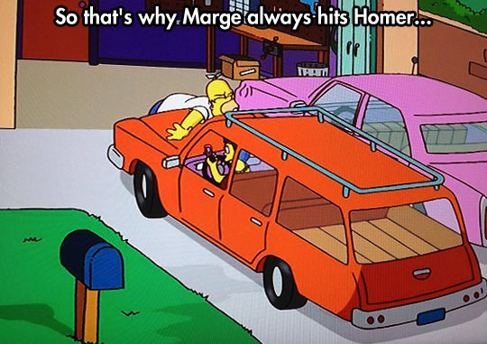 funny-Simpsons-Marge-driving-phone-hit-Homer