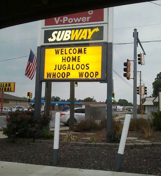 funny-Subway-sign-welcoming-home-Jugaloos
