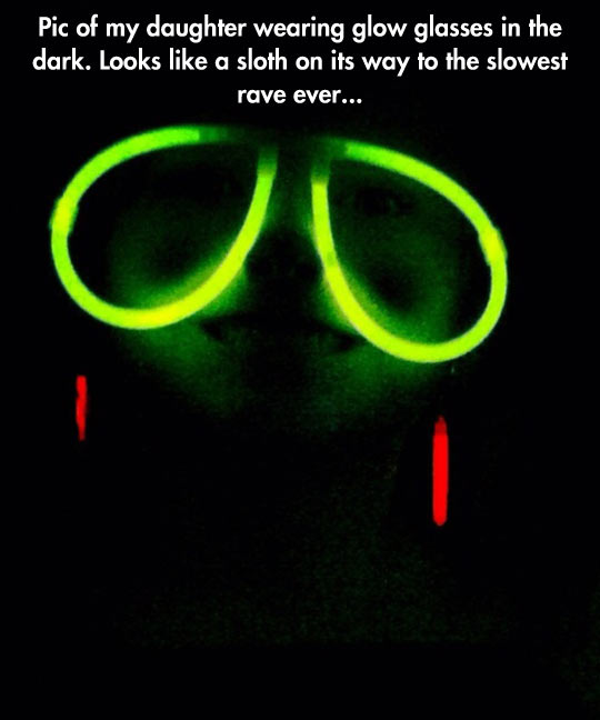 funny-daughter-sloth-glow-glasses