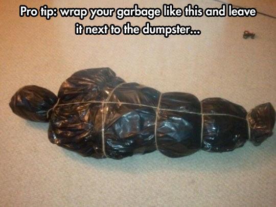 funny-garbage-body-shape-black-bag