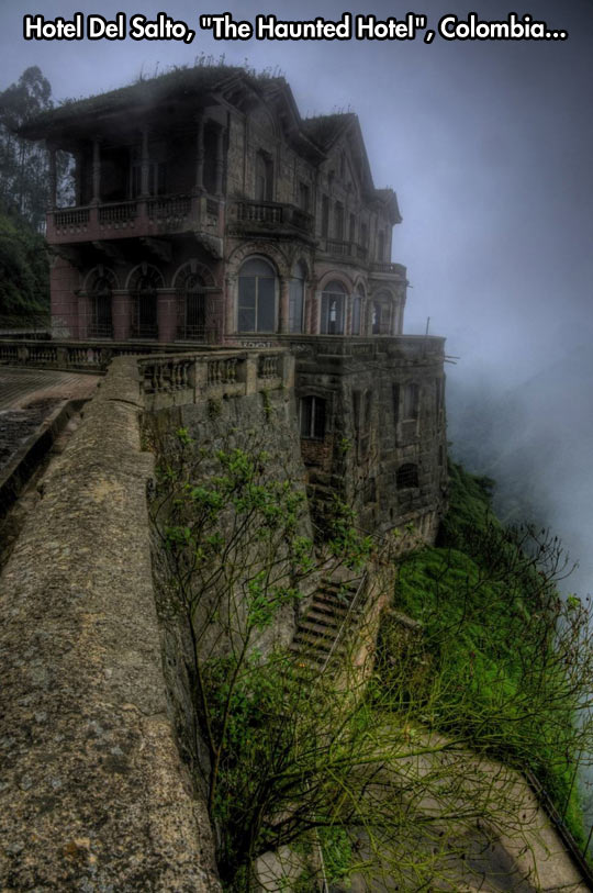 funny-haunted-hotel-Colombia-mist-mountain