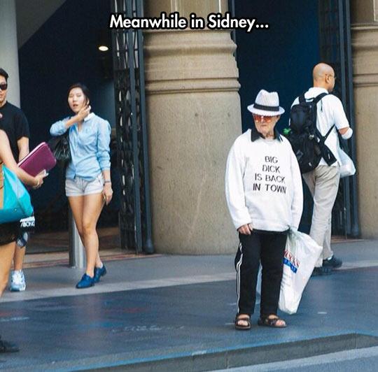 funny-old-guy-sweatshirt-hat