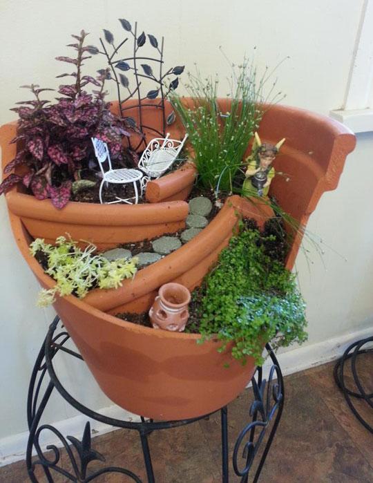 funny-pot-plant-broken-fixed