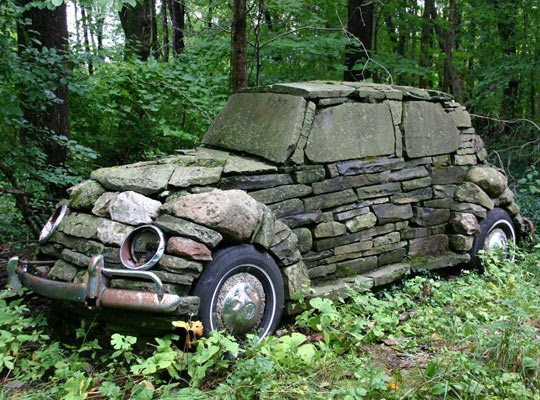 funny-rock-car-forest-shape