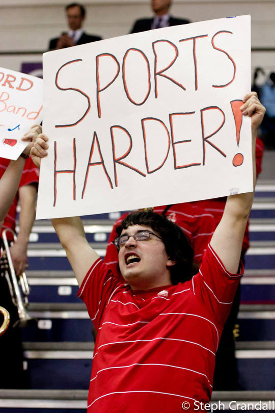 funny-sports-sign-event-glasses
