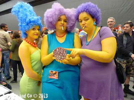 Incredible Cosplay Of Marge, Patty, And Selma