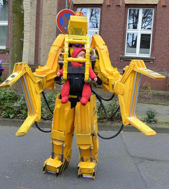 Caterpillar P5000 Costume