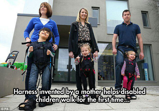 cool-kids-mom-harness-walking