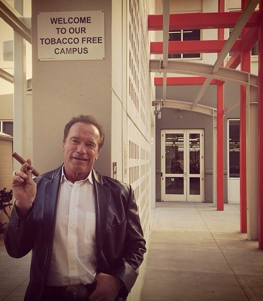 funny-Arnold-Schwarzenegger-cigar-campus