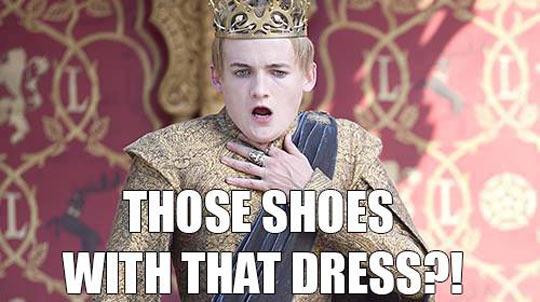 funny-Joffrey-queen-fashion-scared