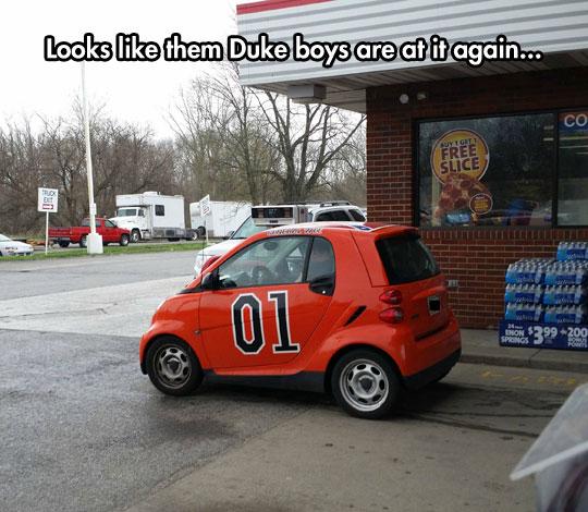 funny-Mini-Cooper-Dukes-Hazard-car