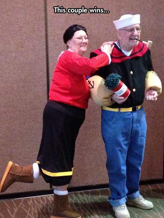 funny-Popeye-Olive-costume-couple