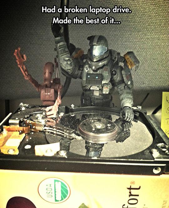 funny-broken-hard-drive-toys-DJ