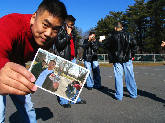 funny-guy-taking-photograph-court