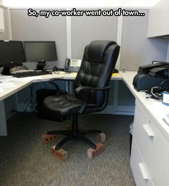 funny-office-chair-wheels-stolen