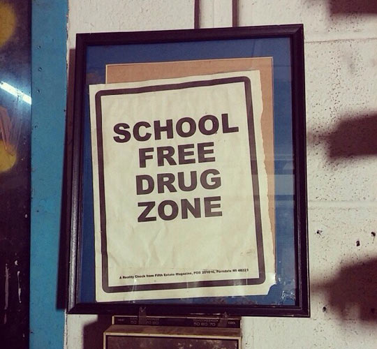funny-school-free-drug-zone