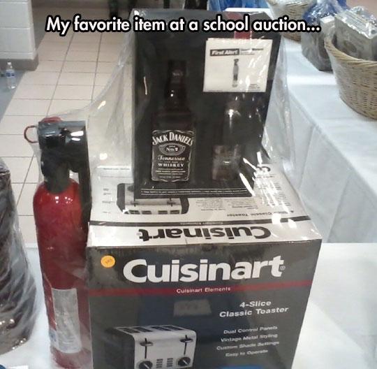 funny-toaster-kit-whiskey-extinguisher