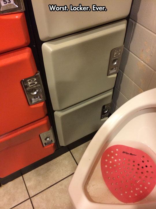 funny-toilet-bathroom-locker-fail