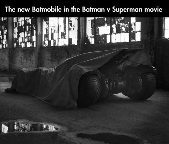 cool-Batmobile-new-design-Superman-movie