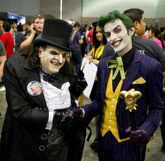 Incredible Joker And Penguin Cosplay