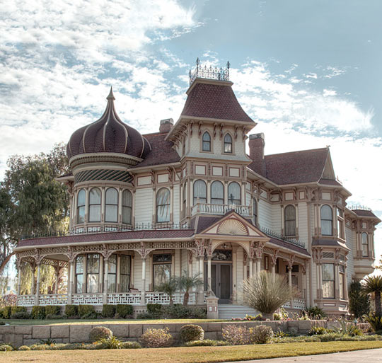 Beautiful Victorian Home In California