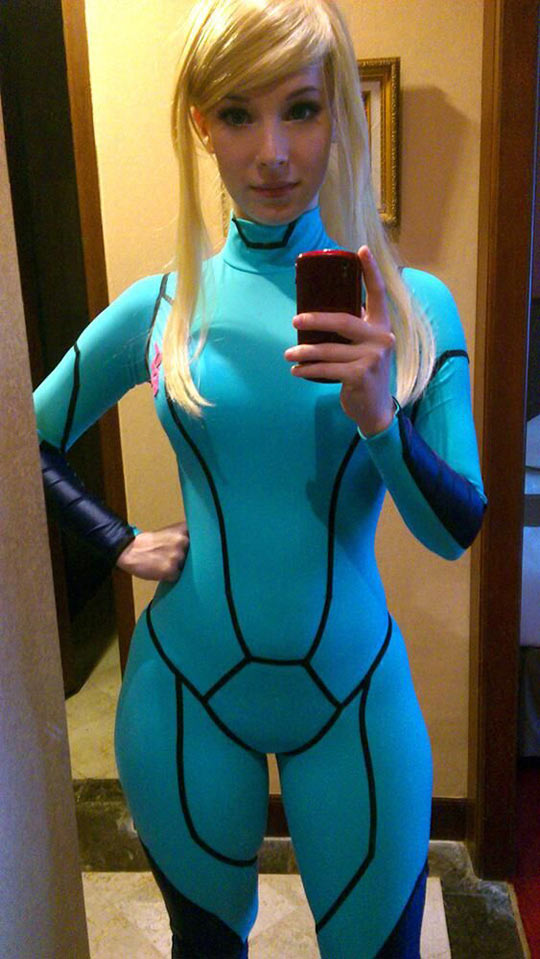 cool-Zero-suit-Samus-cosplay-girl
