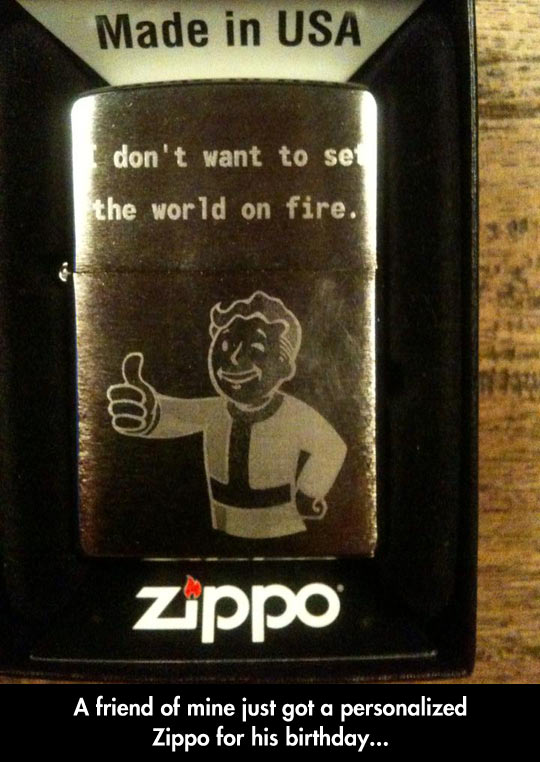 funny-Zippo-Pip-boy-gift