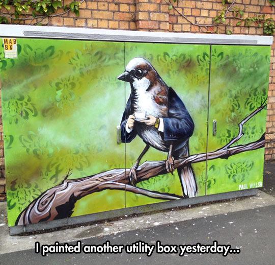 funny-bird-coffee-suit-painting-urban-art