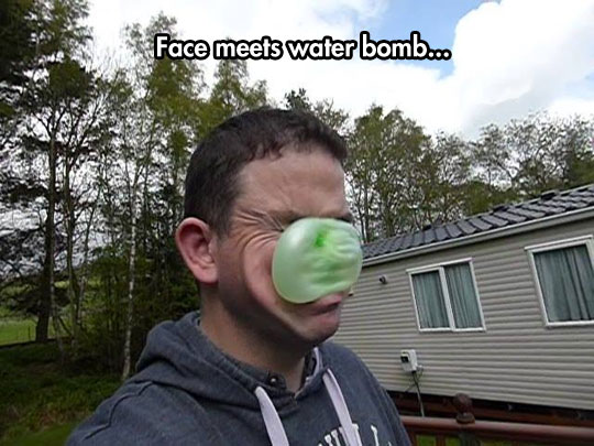 funny-face-water-bomb-pain