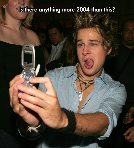 funny-kid-selfie-retro-phone