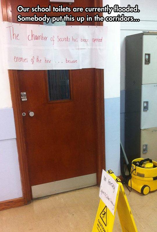 funny-school-door-toilet-sign