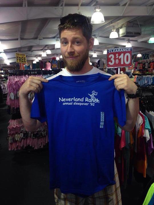 funny-tshirt-Neverland-thrift-store