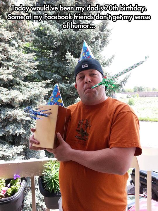 funny-urn-birthday-father-hat