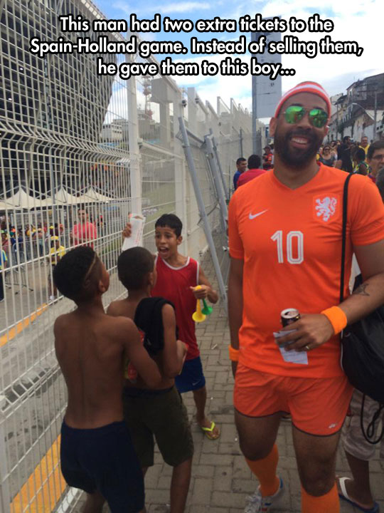 cool-World-Cup-gift-kids-happy