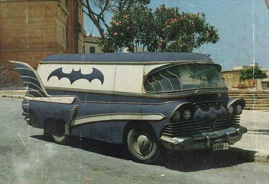 cool-vintage-Batman-van-design