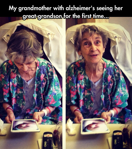 cute-grandma-iPad-grandson-picture