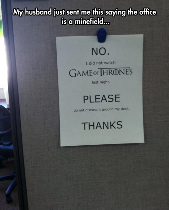 funny-GoT-watching-show-note-office